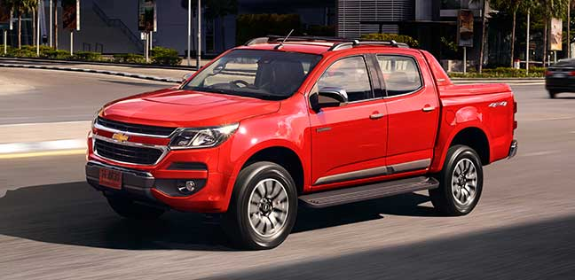 The All New Chevrolet Colorado Is Built For Drivers That Aren T Held Back By Anything Featuring A 2 5l Duramax Turbo Sel Engine Suspension